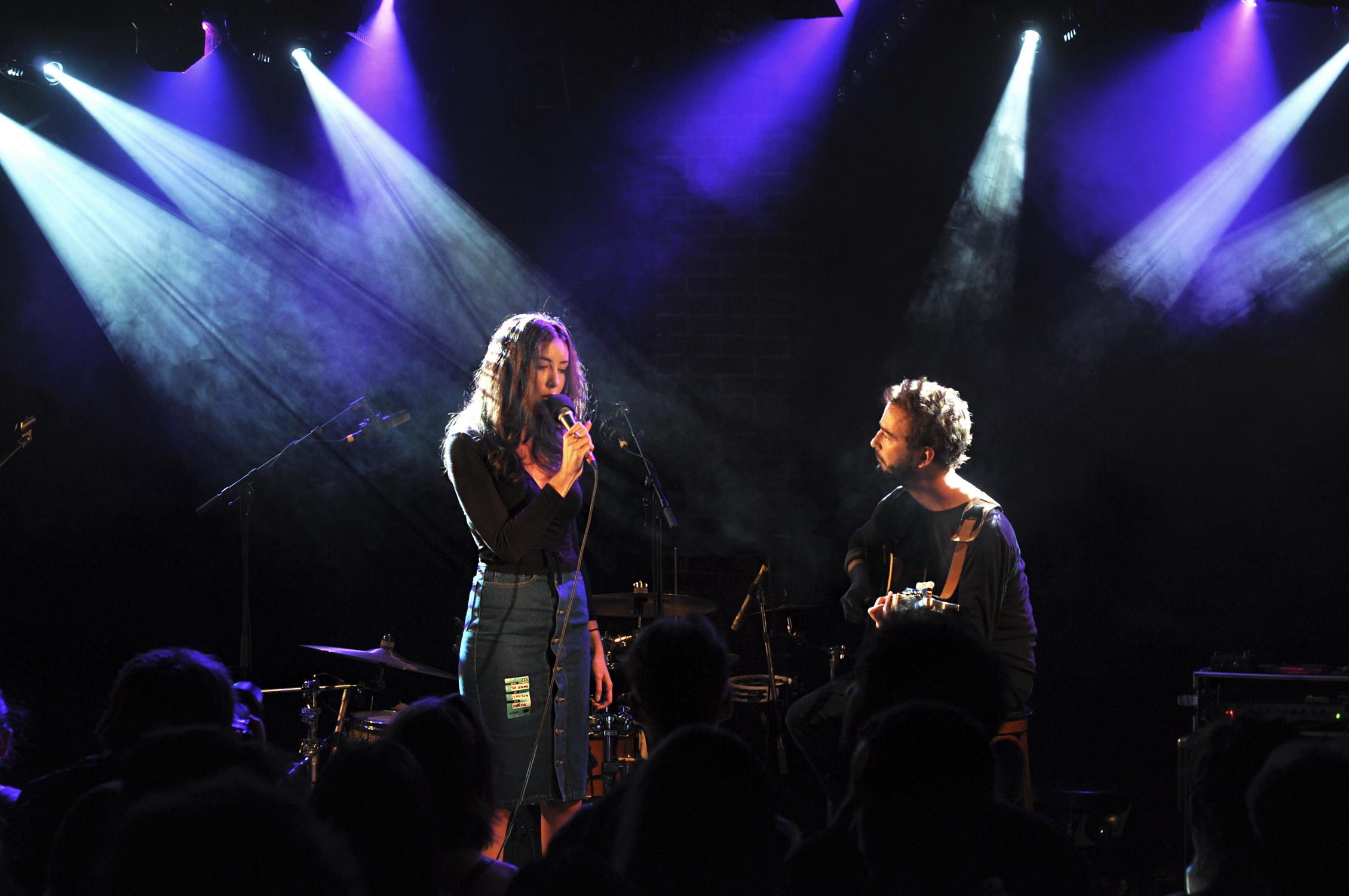 Alma Forrer et Renan Luce