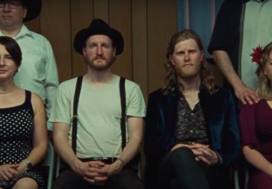The Lumineers documente l'amour et annonce leur 4e album